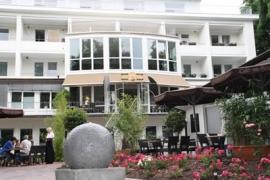 Blick zum Saal - Café am See Bad Meinberg